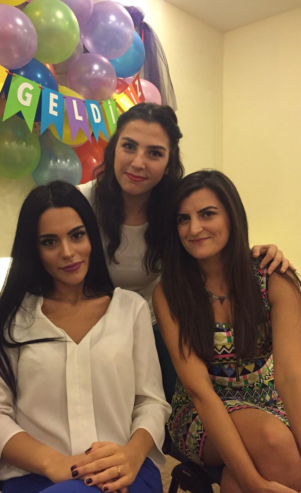 Ankara'da Ürün Tanıtımı Yapacak Bayan Personel Alınacaktır